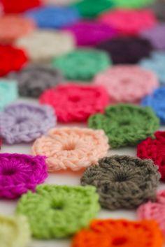 Crochet a Yo-Yo Coverlet, free pattern Sarah London
