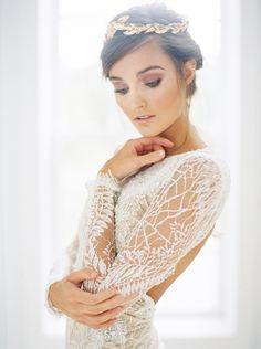 Romantic Lace Wedding Dress with a Gold Bridal Headpiece | Taylor Lord Photography | http://heyweddinglady.com/modern-barn-wedding-cognac-blackberry/