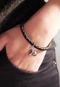 Heart Charm Leather bracelet <3