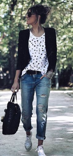 Black cardigan, white t-shirt with black printed design, boyfriend jeans, white tennies, black handbag & belt