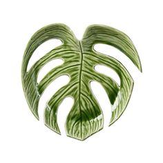 Deze Leaf schaal van &k amsterdam zorgt voor een groene touchin je interieur.