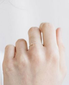 A minimalistic gold ring almost invisible to the naked eye. / 31 Daintiest Dainty Things That Ever Happened (via BuzzFeed)
