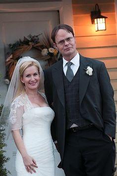 Pam beasley halpert the office hair pinterest the office characters the office and the - The office season 9 finale ...