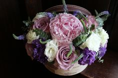 Super ideas for flowers purple pink peonies Flower Arrangement Designs, Flower Designs, Flower Arrangements, Flower Box Centerpiece, Flower Vases, Flower Drawing Tumblr, Pink Peonies, Purple Roses, Flower Shop Interiors