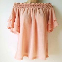 Gumuxi Medium Off Shoulder Top Romantic Blouse Peach Pink Key Hole Back A3