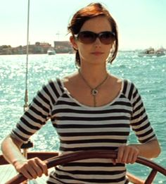 "Eva Green jako Vesper Lynd (""Casino Royale"") Eva Green Casino Royale, James Bond Casino Royale, Eva Movie, Actress Eva Green, Bond Girls, French Actress, Built In Wardrobe, Lovely Dresses, Supermodels"