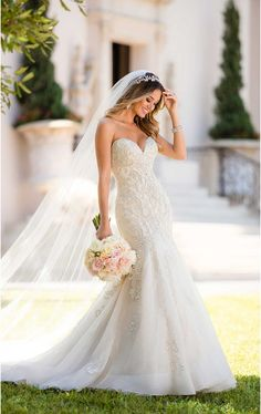 Lace wedding dress idea - mermaid wedding dress idea with strapless, sweetheart neckline. Style 6654 from Stella York. See more wedding dress inspo on WeddingWire! dresses sweetheart Wedding Dress out of Stella York - 6654 Lace Wedding Dress, Sweetheart Wedding Dress, Perfect Wedding Dress, Dream Wedding Dresses, Designer Wedding Dresses, Bridal Dresses, Dresses Dresses, Wedding Simple, Modest Wedding