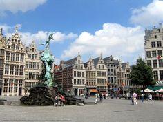 VITA TRANSIT UT UMBRA: Antwerpen - Amberes - Bélgica. Te vimos desde el tren...