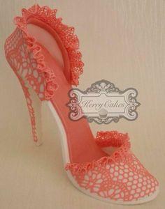 Cake decorating - shoe