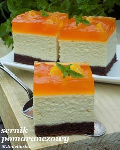Orange cheesecake on a sponge cake - Wypieki. Mini Dessert Recipes, No Bake Desserts, Sweet Recipes, Cookie Recipes, Delicious Desserts, Kolaci I Torte, Different Cakes, Polish Recipes, Polish Food