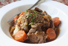Slow Cooker Beef Pot Roast Recipe -- Enjoy it, slow cook it! -- Crock Pot Seasonings - crockpotseasonings.com - #crockpot #recipes Beef Pot Roast, Slow Cooker Roast, Pot Roast Recipes, Slow Cooker Recipes, Beef Recipes, Venison Stew, Slow Cooker Beef Joint, Beef Gravy, One Pot Dinners