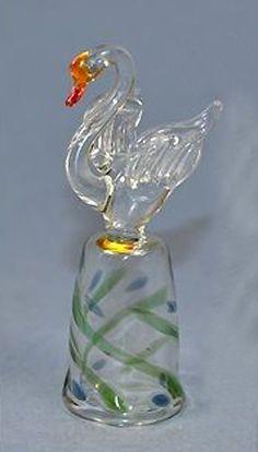 RP: GLASS SWAN THIMBLE   eBay.com