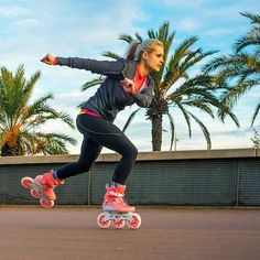 #skate into your well deserved weekend! On our brandnew peach #Swell 125 #Triskates #welovetoskate #Fitnessskating #powerslideSWELL #getfit #pushharder #summer