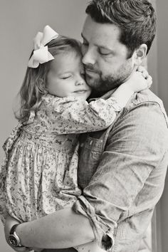 Father Daughter Pictures, Father Daughter Wedding, Dad Daughter, Daughters, Family Posing, Family Portraits, Family Photos, Father Daughter Photography, Foto Baby