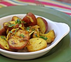 Tumeric and thyme roasted red potatoes. Tumeric is a potent antinflammatory. However, potatoes are nightshades. Avoid this recipe if you have I issues with nightshades.