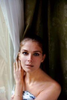 Candice Bergen in her Paris hotel room  1968  © 1978 Bob Willoughby
