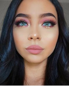 Spring Makeup Looks You Need To Try In Spring Makeup; Makeup Looks; Spring Makeup Looks; pink 40 Spring Makeup Looks You Need To Try In 2019 - Page 22 of 40 Pink Eye Makeup, Colorful Eye Makeup, Makeup For Green Eyes, Cute Makeup, Gorgeous Makeup, Pretty Makeup, Eyeshadow Makeup, Hair Makeup, Eyeshadow Palette