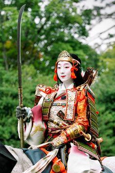 Tomoe Gozen in Jidai Matsuri. The geisha Fukuteru of Miyagawa-cho portrays Tomoe Gozen, a famous female warrior, in Kyoto's Jidai Matsuri. °