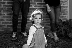 Fotos en casa para Julia - Soy Dai, fotografa de familias en Quilmes Girls Dresses, Flower Girl Dresses, Wedding Dresses, Fashion, Home, Dress Girl, Bridal Gowns, Family Photographer, Amazing Gifts