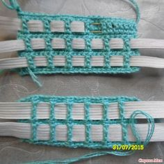 "Как я вяжу пояс к юбкам. ""Add elastic to a crocheted piece. No tutorial, image only."", ""How to knit a belt in a skirt: Diary of the \""Knitting by th Crochet Motifs, Crochet Stitches Patterns, Filet Crochet, Irish Crochet, Crochet Doilies, Knitting Patterns, Motif Bikini, Crochet Skirts, Crochet Videos"