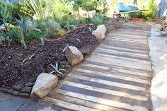 DIY Pallet Wood Walkway   Pallets Furniture Designs