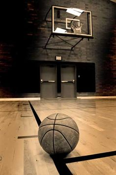 Milestones of College Basketball. Basketball is a favorite pastime of kids and adults alike. Nba Basketball, Ohio State Basketball, Basketball Court Layout, Basketball Is Life, Basketball Pictures, Street Basketball, Basketball Crafts, Basketball Cupcakes, Basketball Academy