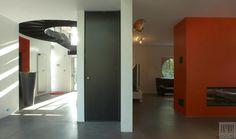 Moderne zwarte deuren en kozijnen van Anyway Doors.