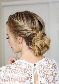 Long Wedding & Prom Hairstyles via Missysueblog / http://www.deerpearlflowers.com/wedding-prom-hairstyles-for-long-hair/5/