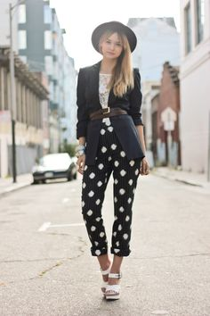 a pair and a spare . diy fashion: DIY Patterned Trousers