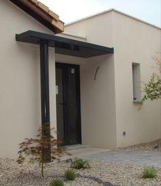 Auvent d'entrée contemporain   Autrement Métal Door Rain Canopy, Canopy Architecture, Architecture Design, Studio Shed, Driveway Landscaping, Front Door Decor, House Front, Home Staging, House Colors
