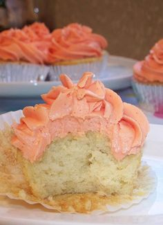 White Cupcakes with Creamsicle Buttercream