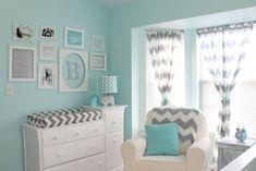 Habitación de bebé en color turquesa