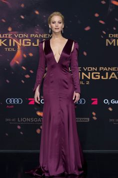 All the Looks You Need to See From The Hunger Games: Mockingjay Part 2 Red Carpet Premieres So Far