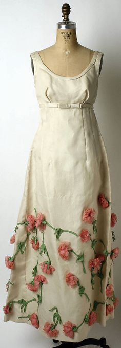 ANNE LOWE COLE - Vintage Fantastic. She also designed Jackie Kennedy's wedding dress!
