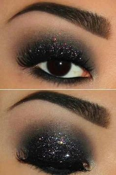 Black glitter smokey eyes