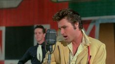Kurt started his association with Carpenter on a completely non-horror vein: as Elvis Presley.  Carpenter tells a great story about how a casting person said he had one guy who looked exactly like Elvis, but did a totally unconvincing portrayal;  the other guy he had looked nothing like the King, but was spot on in his performance.  That guy was Kurt Russell, and we may  not have R.J. MacReady, Snake Plissken or Jack Burton if he wasn't such an excellent Presley.