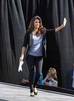 Eva Longoria Photos: Celebs Campaign for Obama