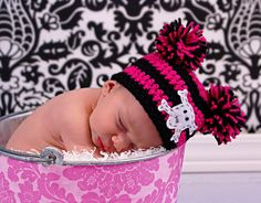 Huge Sale Newborn Pom Pom Hat by Lollypopsboutique on Etsy, $15.00