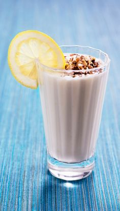 Kveldsmat / snacks Glass Of Milk, Shot Glass, Tableware, Food, Dinnerware, Tablewares, Essen, Meals, Dishes