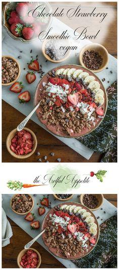 Chocolate Strawberry Smoothie Bowl   Vegan