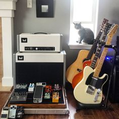 Love everything in this photo! #studiocat #musicroom  Photo Credit: @davidleechang Instagram