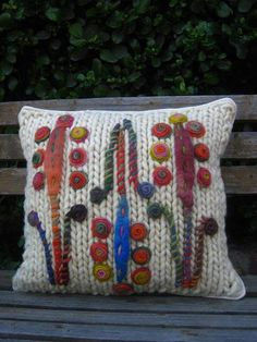 Chattanooga Knit and Crochet at Rivermont Felt Cushion, Felt Pillow, Shabby Chic Embroidery, Crochet Designs, Crochet Patterns, Crochet Cushions, Crochet Home, Felt Christmas, Knitted Blankets