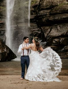 Bridal gowns with trains. A rustic waterfall wedding on Green Wedding Shoes #weddingideas #outdoorwedding #waterfallwedding #elopement #GWS #GreenWeddingShoes
