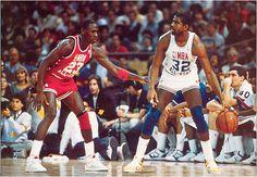 37550db700ea77 Money + Magic Chicago Bulls Basketball