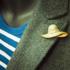 Heading out for the day take this Hat Brooch  #craft365.com