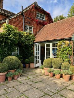 Paolo Moschino and Philip Vergeylen country house Landscaping Tips, Garden Landscaping, Outdoor Spaces, Outdoor Living, Building A Pond, Patio Canopy, Cottage Style Homes, Modern Garden Design, Backyard