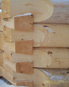 A close up of a scribe fit dovetail corner in Ontario, Canada Para más fotos de . How To Build A Log Cabin, Small Log Cabin, Log Cabin Homes, Ontario, Rustic Outdoor Spaces, Siding Options, Wood Joints, Timber House, Wood Detail