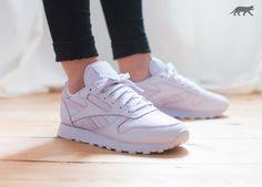 REEBOK X FACE STOCKHOLM CLASSIC LEATHER SPIRIT #reebok #womens #asphaltgold #sneakerstore