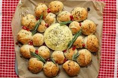 Gönn dir mal diese Camembert-Knoblauch-Bällchen