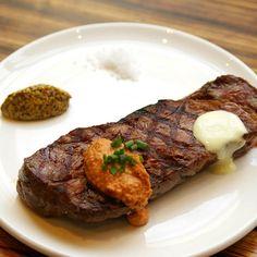 el plato style steak with spanish sauce. 스페인 소스를 곁들인 엘쁠라또 스타일의 스테이크 #elplato #seoul #korea #gourmet #steak #spanishfood